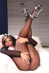 Mollige Lust per SMS: 11826 Kennwort: Erotik Molly - 1,99 €/SMS, bezahlte Operator, keine realen Treffen